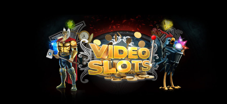 Get an exclusive last minute Christmas treat from Videoslots - Banner